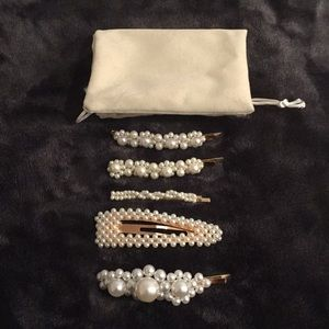 5 pearl hair clips with pouch